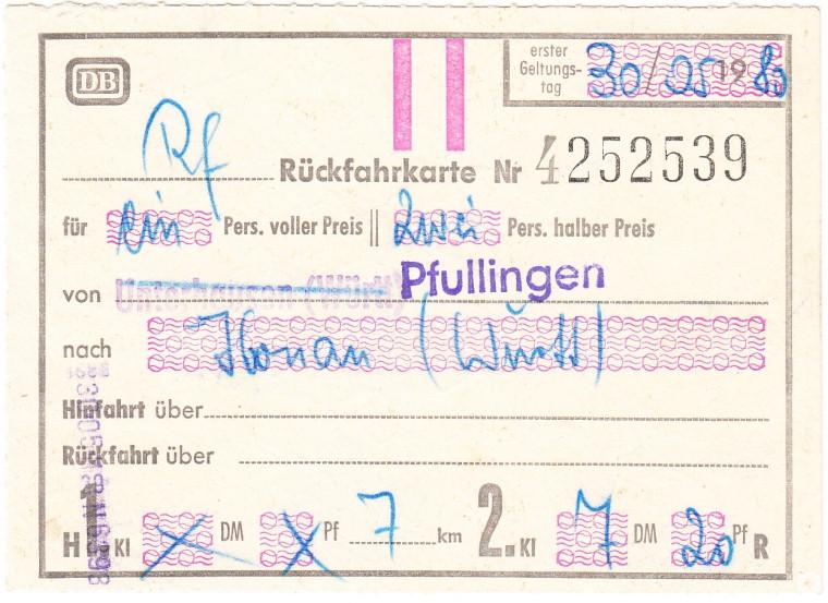 Letzte im Personenverkehr der Echazbahn durch stv. Bürgermeister Theo Götz gelöste Fahrkarte vom 30. Mai 1980 (StAPf, S 10 24)