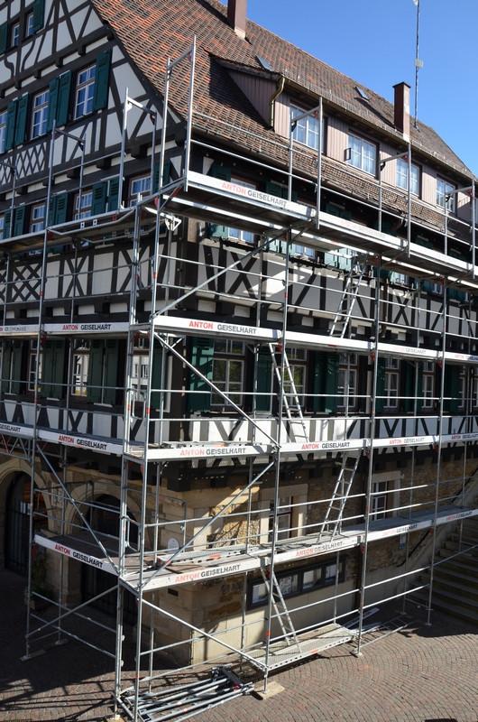 Fensterrenovierung Rathaus II 15.04.2020 Hochformat.jpg